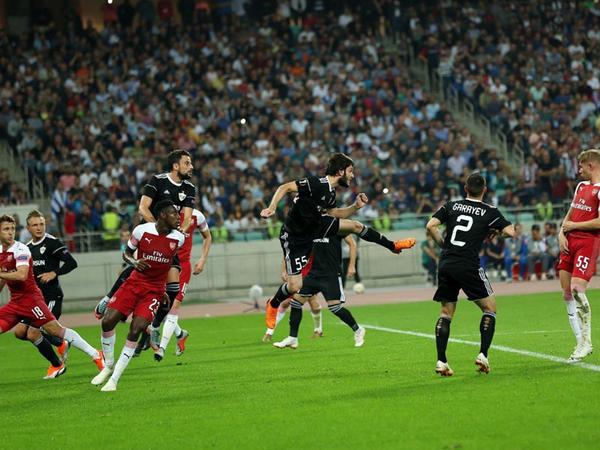"""""""Qarabağ"""" sabah Londona gedir"""