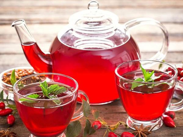 Xeyirli olduğu qədər də ləzzətli itburnu çayı - İndi tam mövsümüdür
