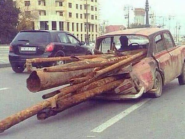 Bakıda ölüm saçan avtomobillər - FOTO