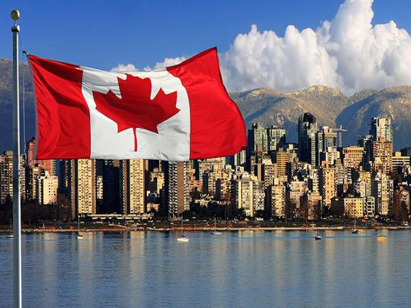Kanadada azərbaycanlılar erməni təxribatına etiraz ediblər