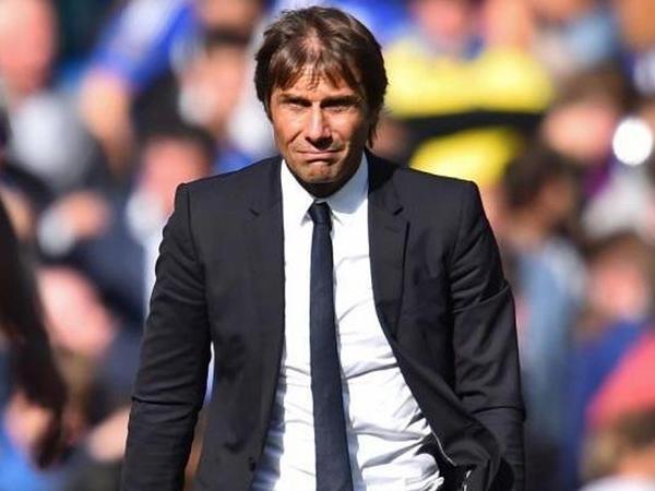 Totti Konte ilə danışıqlara başladı