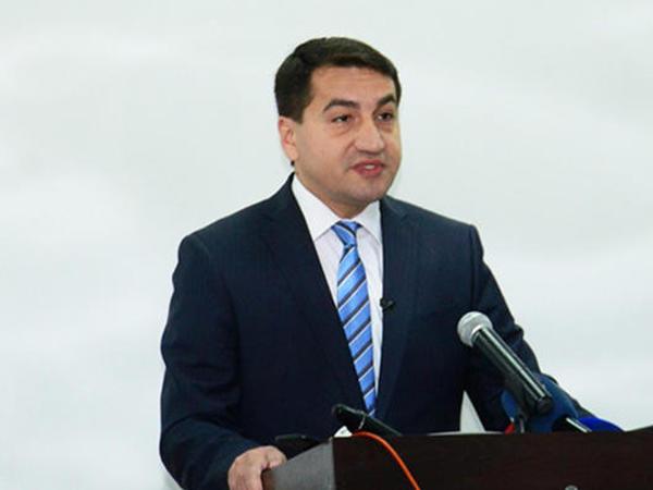 """Hikmət Hacıyev: """"Azərbaycan strateji dialoq və qarşılıqlı etimad mühitinin formalaşmasına öz töhfəsini verir"""""""