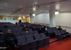 Londonda biabırçılıq: Qurban Qurbanovun mətbuat konfransına cəmi 3 jurnalist qatıldı