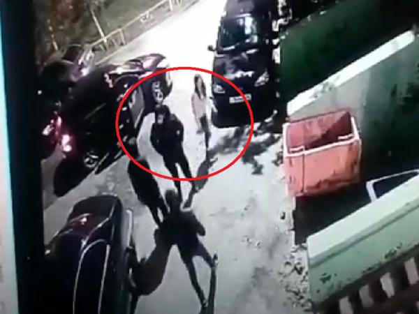 Sevdiyi qızı evə ötürən azərbaycanlı gənci döyüb bıçaqladılar - VİDEO