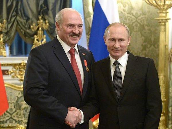 Lukaşenko və Putin Ermənistan rəhbərliyini işğal olunmuş rayonları qaytarmağa çağırdı