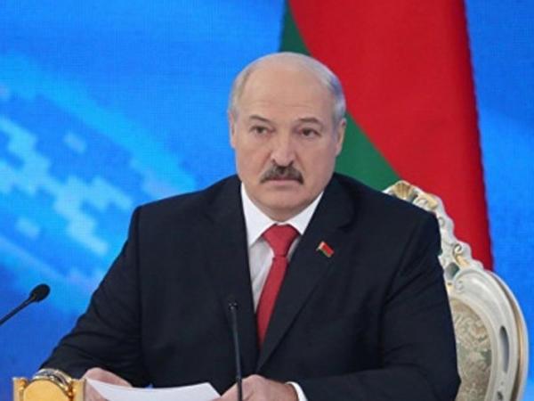 """""""Ertəsi gün Paşinyan mənə zəng vurdu, dedim Nikol..."""" - <span class=""""color_red"""">Aleksandr Lukaşenko</span>"""