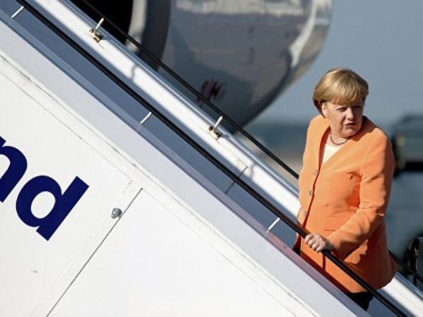 """Merkel üçün yeni təyyarə alınacaq - <span class=""""color_red"""">200-300 milyon avroya</span>"""
