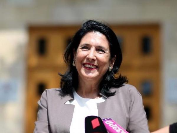 Bu gün Gürcüstanın yeni seçilmiş prezidenti and içəcək