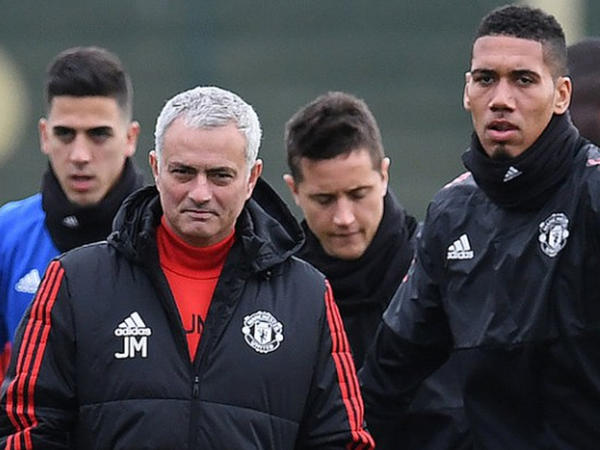 """""""Manchester United""""də yeni müqavilə"""
