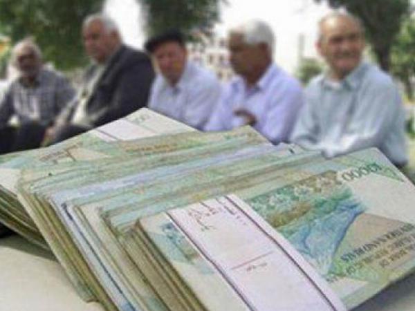 İranda istefada olan hərbçilər etiraz aksiyası keçiriblər