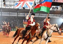 "Azərbaycan atlarının Londondakı valehedici şousu britaniyalıları coşdurdu - <span class=""color_red"">FOTO</span>"