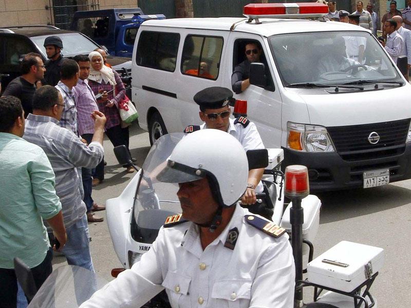 Hindistanda siyasətçilərin evinə bomba atdılar