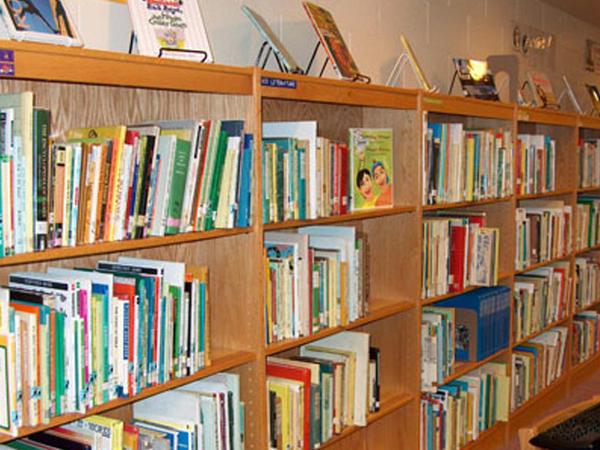 Yunus Oğuzun kitabları ABŞ-ın İndiana Universitetinin kitabxanasında