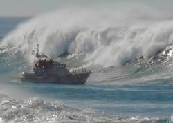 Xəzər dənizində dalğanın hündürlüyü 9,3 metr olub