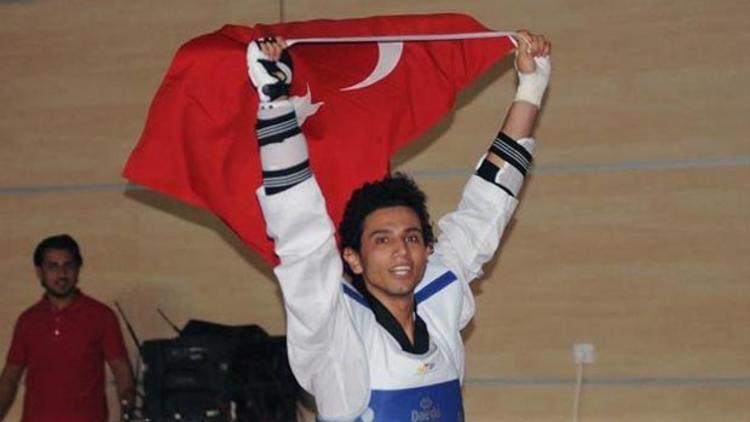 Azərbaycanlı olimpiya çempionu karyerasını başa vurdu