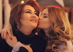 """Aynişan kədərləndi: """"Anam 7 il yataqda mübarizə apardı"""""""