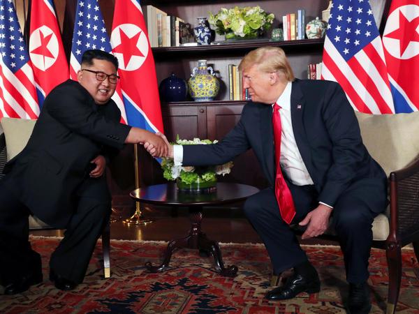 Trampla Kim Çen In arasında görüşün mümkün yeri açıqlanıb