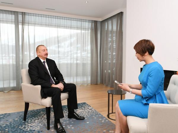 Azərbaycan Prezidenti İlham Əliyev Davosda Çinin CGTN televiziyasına müsahibə verib - FOTO