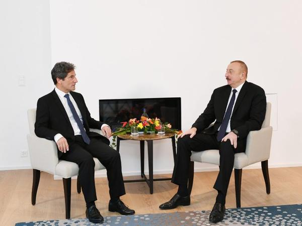 """Prezident İlham Əliyev """"Suez Group""""un beynəlxalq inkişaf üzrə icraçı vitse-prezidenti ilə görüşüb"""