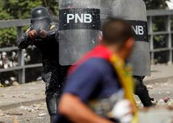 Venesuelada çevriliş: ölən və yaralananlar var - VİDEO - FOTO