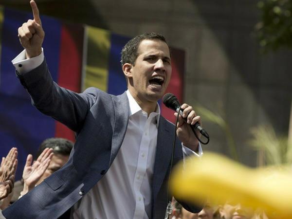Pompeo Maduronu hakimiyyəti Quaidoya təhvil verməyə çağırıb