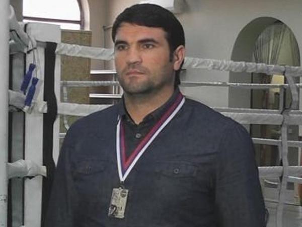 Məmurun otağında qayınatasını döyən Ehram Məcidovun ibtidai istintaqı başa çatıb