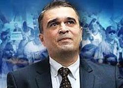 """SürREAL İlqar Məmmədov: özünü xəcil edən """"ağıl sahibi"""""""