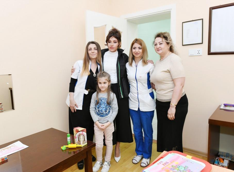 Birinci vitse-prezident Mehriban Əliyeva Bakıdakı Uşaq Psixonevroloji Mərkəzində olub - FOTO