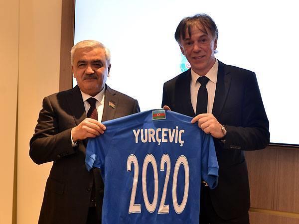 Futbol üzrə Azərbaycan millisinin baş məşqçisi müəyyənləşib
