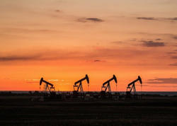 AÇG-də neft hasilatı azalıb