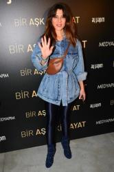 Türkiyəli aktrisalardan qala gecəsində şıqlıq dərsi  - FOTO