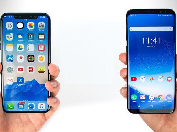 """""""Samsung""""dan qəribə addım: köhnə """"iPhone""""nu gətir, yeni """"Galaxy S10""""nu 550 dollar endirimlə al"""