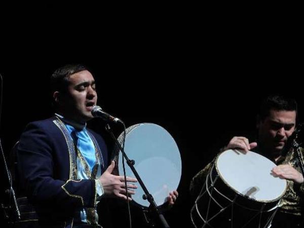 """Muğam"" Tehranda konsert verdi - FOTO"