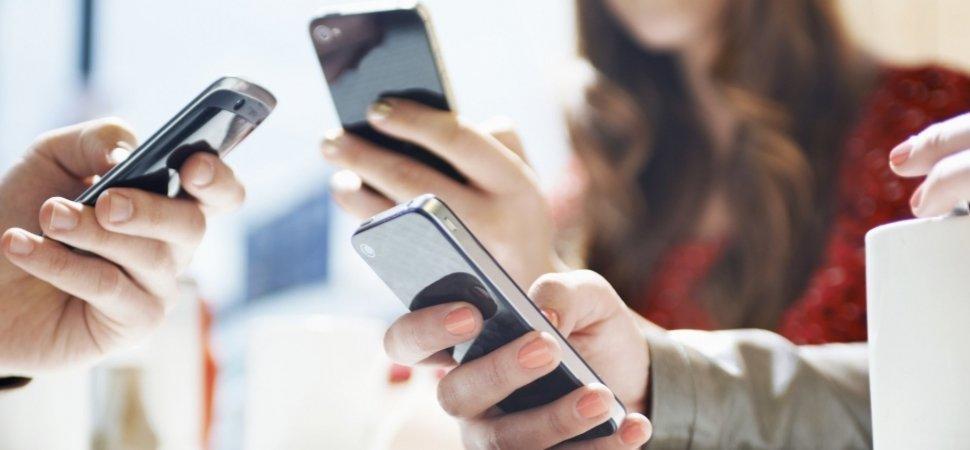 Çindən olan smartfon brendləri Avropadakı rəqiblərini sıxışdırıb çıxardır