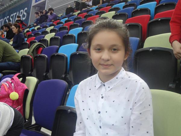 Gənc tamaşaçı: Milli Gimnastika Arenasında yarışların açılış mərasimləri həmişə parlaq keçir