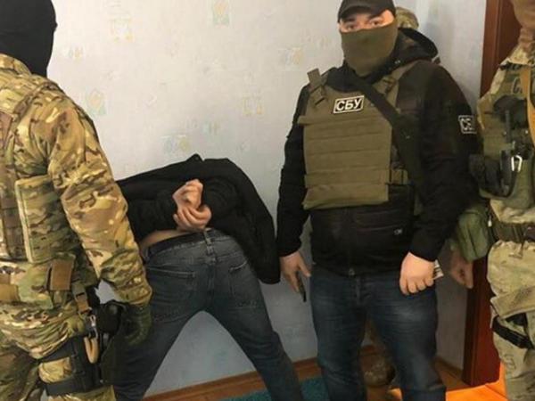 """Ukraynada """"Lotu Quli""""nin adamları saxlanıldı - <span class=""""color_red"""">300 pasport və silahlarla - FOTO</span>"""