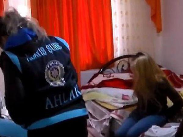 Azərbaycanlı qadınların pasportlarını alıb fahişəliyə cəlb etdilər - FOTO