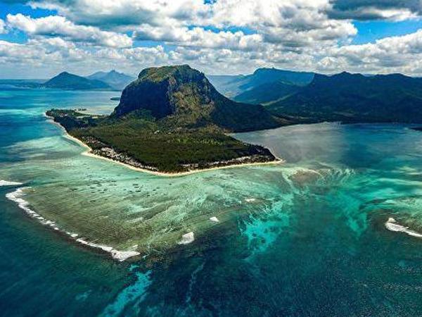 Dünyanın ən gözəl 10 adası - FOTO