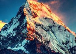"""Dünyanın ən hündür zirvəsi Everest deyilmiş - <span class=""""color_red"""">YENİ FAKTLAR</span>"""