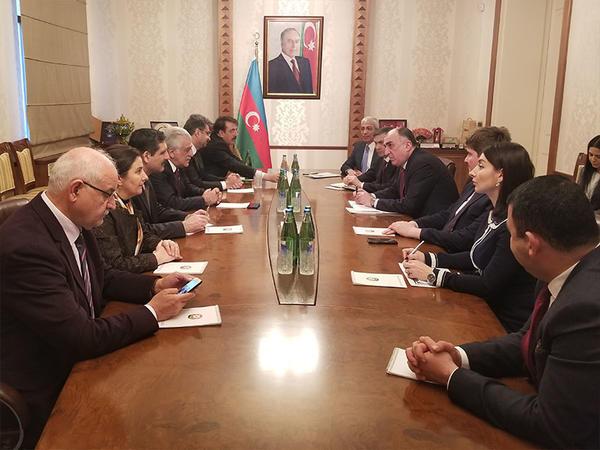 Elmar Məmmədyarov Türkiyə parlamentinin nümayəndə heyəti ilə görüşdü