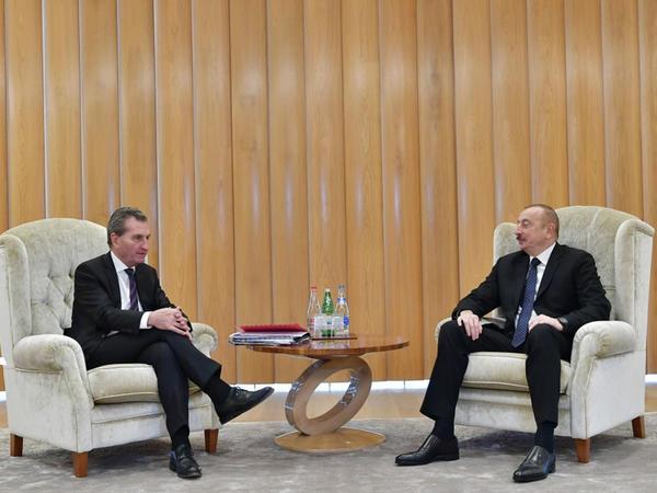 Prezident İlham Əliyev Avropa Komissiyasının büdcə və insan resursları üzrə komissarı ilə görüşüb