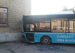 Sumqayıtda avtobus qəzasında yaralananlardan XƏBƏR VAR: 12-si evə buraxılıb, hamilə qadın isə... - VİDEO