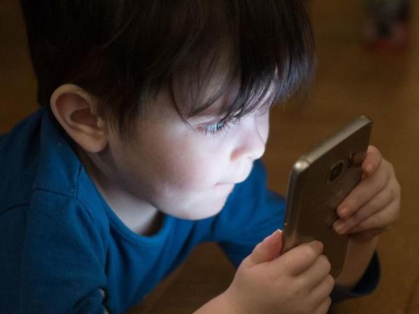 İnternet oyunları zərərli deyil - Həkim bildirir