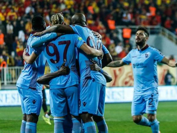 """Superliqada 23-cü tur başladı - <span class=""""color_red"""">""""Trabzonspor""""dan qələbə</span>"""