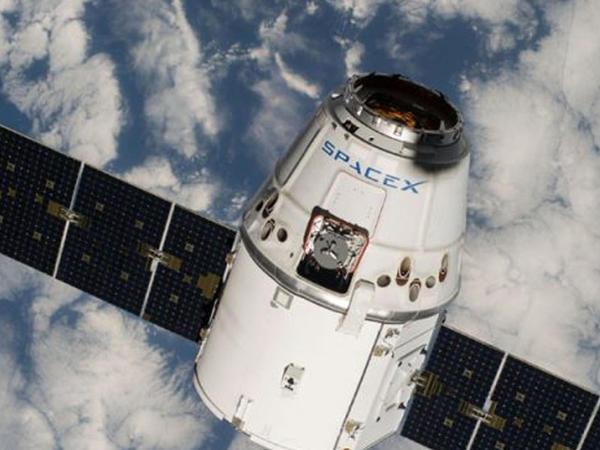 SpaceX kosmosa İsrailin ay aparatını buraxıb