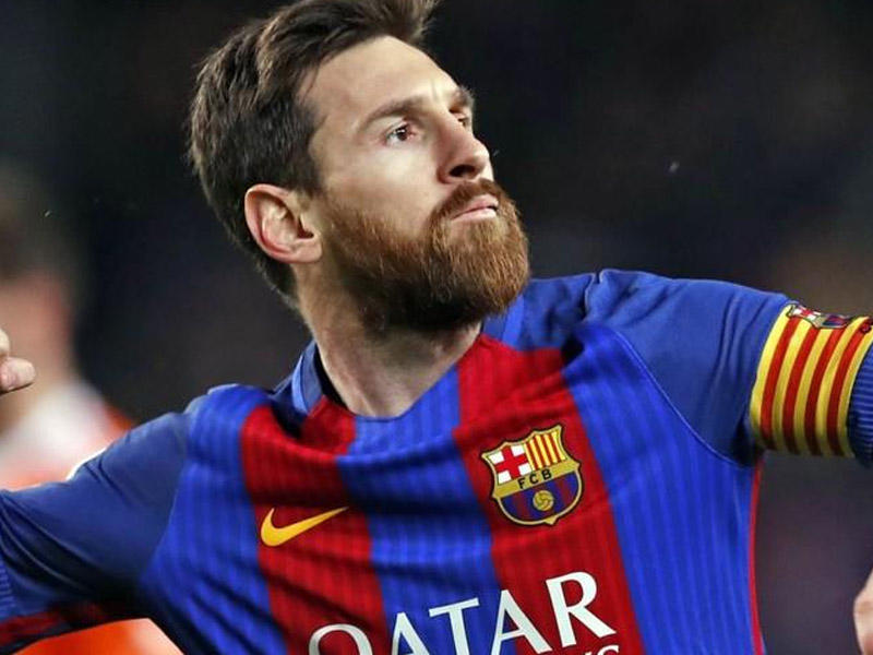 Messi het-trik etdi,