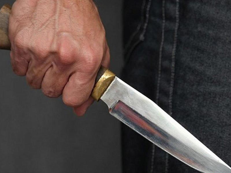 Bakıda gənc oğlan bıçaqlandı