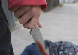 Suraxanıda 15 yaşlı yeniyetmə dostunu bıçaqladı