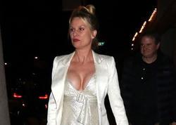 55 yaşlı aktrisanın yeni sevgilisi var - FOTO