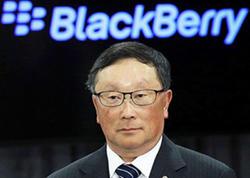 BlackBerry bükülən smartfonları bəyənmir